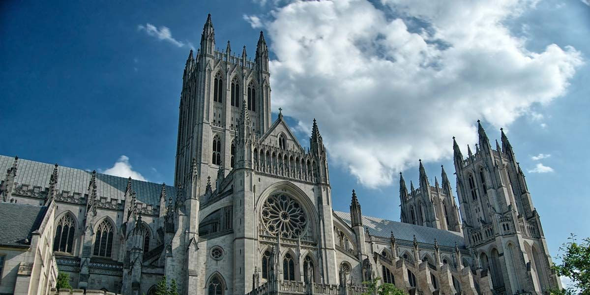 Dean preaches at Washington National Cathedral